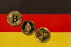 Bitcoin, Ethereum,起波纹隐藏 库存图片