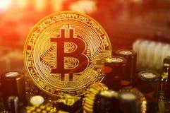 Bitcoin é uma maneira moderna de troca e desta moeda cripto Foto de Stock