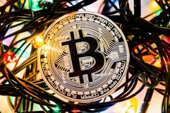 Bitcoin é uma maneira moderna de troca e desta moeda cripto Fotografia de Stock Royalty Free