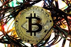 Bitcoin é uma maneira moderna de troca e desta moeda cripto Fotos de Stock Royalty Free