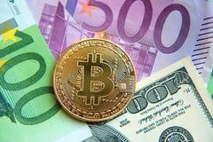 Bitcoin στο δολάριο και την ευρο- επένδυση λογαριασμών, συναλλαγματική ισοτιμία, wea Στοκ Εικόνα