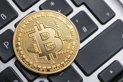 Bitcoin - το ψηφιακό cryptocurrency στοκ φωτογραφία με δικαίωμα ελεύθερης χρήσης