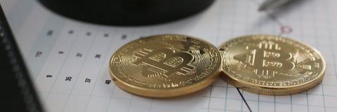 Bitcoin валюты монетки секретное против Стоковые Фото
