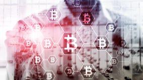 Bitcoin, концепция Blockchain на предпосылке комнаты сервера стоковое фото
