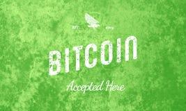 Bitcoin признавало здесь ретро белизну дизайна на зеленом цвете стоковые фотографии rf