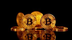 Bitcoin BTC el nuevo cryptocurrency virtual de Internet ilustración del vector