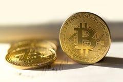 Bitcoin bubel lub zakup fotografia stock