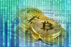 Bitcoin com backg binário digital futurista da tecnologia do sumário fotografia de stock royalty free