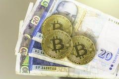Bitcoin con el billete de banco búlgaro de veinte levs Imagen de archivo
