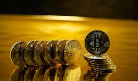 Bitcoin Crypto or Bitcoin, BTC de devise Macro tir des pièces de monnaie de Bitcoin Technologie de Blockchain, concept d'exploita photos stock