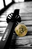 Bitcoin crypto valuta, affär, faktiska pengar Fotografering för Bildbyråer