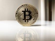 Bitcoin cryptocurrency badania lekarskiego moneta Obrazy Stock
