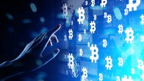 Bitcoin-cryptocurrency Handel und Investitionskonzept Finanztechnologie, Fintech und digitales Geld stockfoto