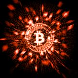 Bitcoin d'un rouge ardent rougeoyant BTC avec des particules d'explosion et déformer le fond de données binaires illustration stock