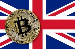 bitcoin da moeda da ilustração 3D na bandeira de Grâ Bretanha Imagem de Stock Royalty Free
