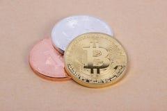 Bitcoin das moedas da prata e do bronze do ouro Fotos de Stock Royalty Free