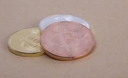Bitcoin das moedas da prata e do bronze do ouro Fotografia de Stock Royalty Free