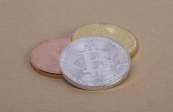 Bitcoin das moedas da prata e do bronze do ouro Foto de Stock