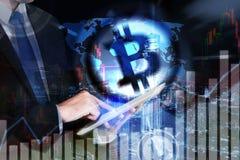 Bitcoin de effectenbeursinvestering van de handeluitwisseling, forex met tre Stock Fotografie