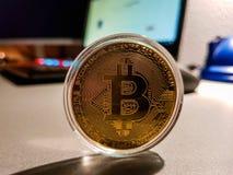 Bitcoin digitalt Cryptocurrency mynt arkivbild