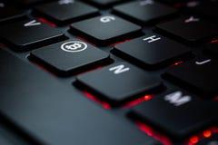 Bitcoin dominante de la pizca del teclado imágenes de archivo libres de regalías