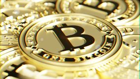 Bitcoin dorato Distorsione della lente ed effetto cromatico 3D macro r Fotografie Stock Libere da Diritti