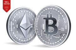 Bitcoin e ethereum moedas 3D físicas isométricas Moeda de Digitas Cryptocurrency Moedas de prata com símbolo do bitcoin e do ethe Imagens de Stock Royalty Free