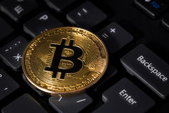 Bitcoin e tastiera Fotografia Stock