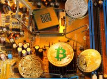 Bitcoin est pièce de monnaie numérique et un cryptocurrency Photographie stock
