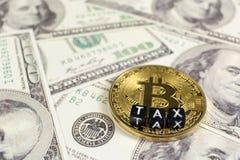 Bitcoin et impôt photo libre de droits