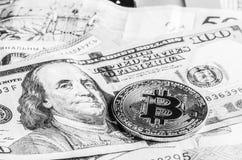 Bitcoin, euro et dollars Images libres de droits