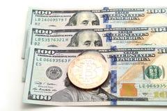 Bitcoin för guld- mynt Royaltyfria Bilder
