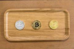 Bitcoin kodade pengar som det faktiska pengarutbytet spekulerar framtid Arkivbilder