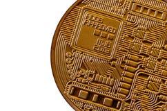 Bitcoin Läkarundersökningbitmynt Digital valuta Cryptocurrency som bryter begrepp Guld- mynt med bitcoinsymboler på vit b Royaltyfri Bild