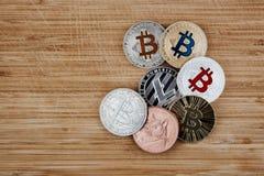 Bitcoin Litecoin Dogecoin Stockfoto