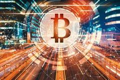 Bitcoin med suddig trafik för rörelse royaltyfria foton