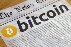 Bitcoin a moeda nova em linha Foto de Stock