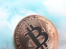 Bitcoin na koc zdjęcie stock