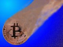 Bitcoin som bygger upp arkivbild