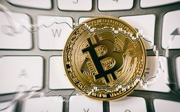 Bitcoin trzask & x28; bubble& x29; Crypto waluty szum w mediach Zdjęcie Royalty Free