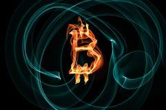 Bitcoin unterzeichnen vorbei schwarzen Hintergrund Lizenzfreie Stockbilder