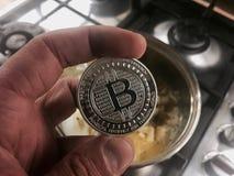 Bitcoin w ręce Obraz Royalty Free