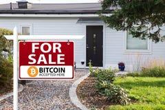 Bitcoin werden als Zahlung angenommen stockfotos