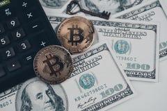 Bitcoin złoty menniczy Nowy wirtualny pieniądze Obraz Stock