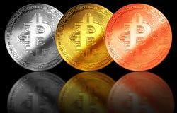 Bitcoingoud, zilver, de geïsoleerde achtergrond Internet van het bronsmuntstuk cryptocurrency Royalty-vrije Stock Foto