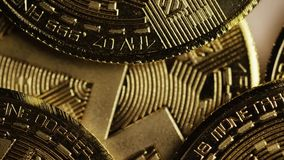 Bitcoins数字cryptocurrency转动的射击  股票录像