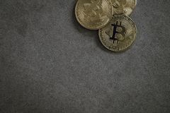 Bitcoins cryptocurrencystilleben arkivfoto