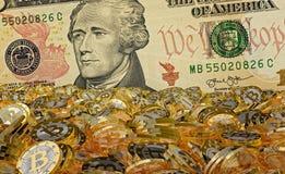 Bitcoins och dollar - tolkning 3D stock illustrationer