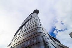 BITEXCO wierza Pieniężni stojaki przy wzrostem 262 SAIGON WIETNAM, MAJ - 31, 2016 - 5 metrów, zrobią stal i szkło Zdjęcie Stock