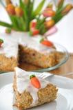Bitorte do ¼ de RÃ - bolo de cenoura alemão para Easter Fotos de Stock Royalty Free